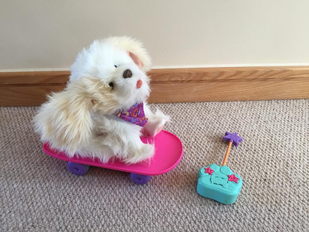 FurReal Trixie the skateboarding dog