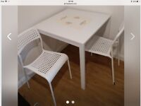 New Table and two chairs Ikea - 75x75 cm.