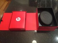 GENUINE BEATS STUDIO BLACK - LIKE NEW - WITH THE BOX