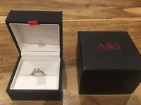 Ladies Platinum Solitaire Diamond Engagement Ring 0.7ct - Round Brilliant, H, SI1 £1,500 ONO