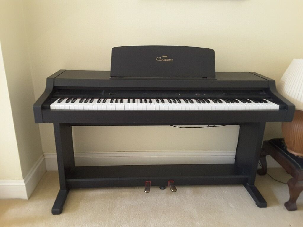 yamaha clavinova clp 311 electric piano in pennington hampshire gumtree. Black Bedroom Furniture Sets. Home Design Ideas
