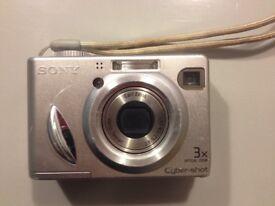 Sony Cyber shot DSC-W5 digital camera
