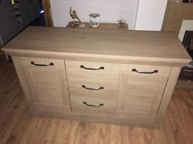 Lovely Oak sideboard unit