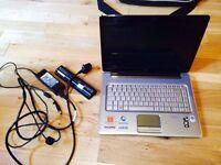 HP Pavillion DV5-1110EM. Great laptop incl... office & Kodi installed.