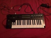 Korg R3 synthesiser/vocoder