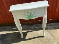 Table / unit with drawer, ideal shabby chic project