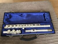 Boosey & Hawkes 400 Beginners Flute with Case