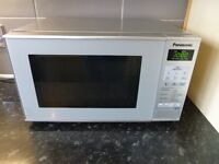 Panasonic 800w microwave oven silver. In good condition