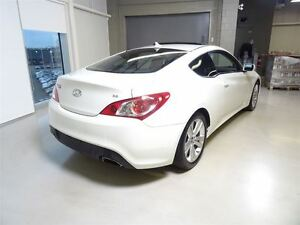 2011 Hyundai Genesis Coupe 3.8L GT 6sp West Island Greater Montréal image 4