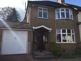 3 bed semi detached house, Hillside gardens EN5 £1850pm