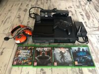 Xbox One console with Kinect, Controller, Headset & 4 Games