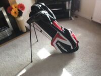 s BRAND NEW DUNLOP LIGHTWEIGHT GOLF BAG WITH STAND AND RAIN COVER