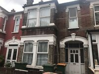EAST HAM LARGE 1 BED FLAT