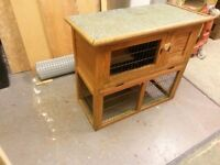 Rabbit or Guineapig hutch with run.