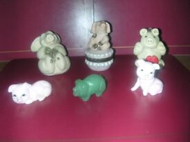 20 pig collectibles