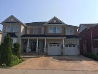 Mississauga&Brampton&Bolton reliable roofing&Fix4165588067