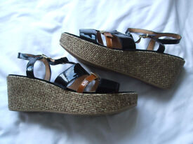 Nearly-new Phase Eight brown and black patent strappy wedges, size 6/39