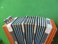 LOVELY VINTAGE CAMPBALL'S MELODEON WITH STEEL BRONZE REEDS. NICE SOUND