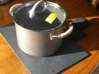 Circulon non-stick 7.5 litre casserole / stock-pot - unused