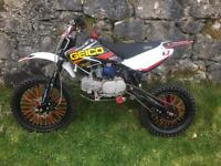 Stomp 140cc pitbike pit bike