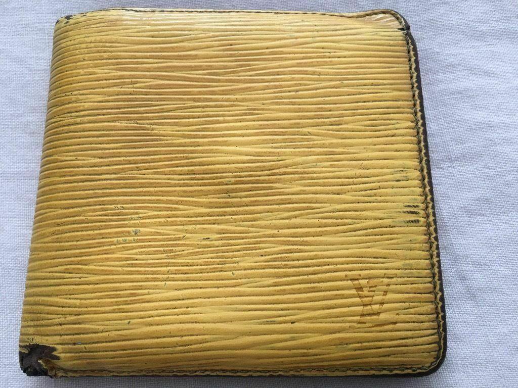 1a52c48cc549 Genuine LV Louis Vuitton Marco wallet EPI leather yellow
