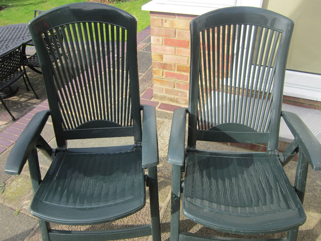 2 X High Back Green Strong Plastic Garden Chairs In Good