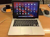 MacBook Pro (13-inch, Mid 2012) + Herschel bag