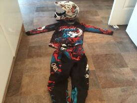 ONEAL FULL OUTFIT INCLUDING HELMET ELEMENT SERIES US YOUTH SIZE 24