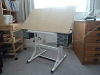 Alvin CraftMaster Art & Hobby Table