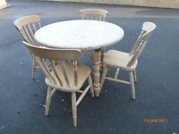 Round Pine Table & 4 matching chairs