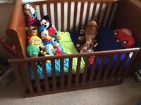 3 piece nursery furniture rrp £900
