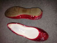 Flat shoes new leather insides red