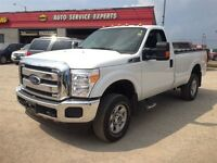 2015 Ford F-250 4x4 - Crew Cab XLT LIKE NEW ! Ready For Work Or