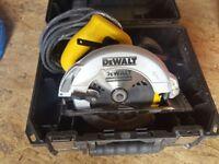 DEWALT DWE560-GB CIRCULAR SAW 240V hardly use