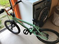 20' mongoose bmx great working condition with f303 xrims