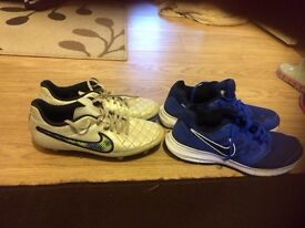 Boots & trainers size 7
