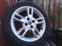 Fiat 15 Alloy Wheels with Good Tyres