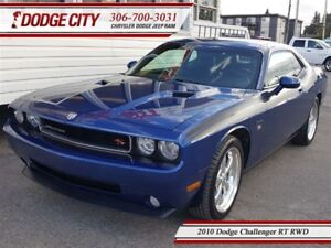2010 Dodge Challenger RT   RWD - Low KM, Heated Leather, Keyless