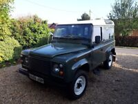 Landrover 90 1986 in good condition. Chassis is in good condition and recent MOT.