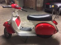 Vespa PX 200 E Disc - rare model and engine size, idle's very smoothly and starts easily