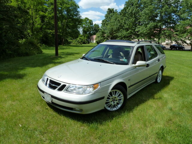 2005 Saab 9-5  For Sale