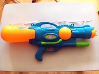 65cm Jumbo Water Gun for £3 (RRP £10)