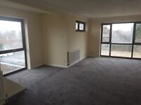 spacious 3 bedroom flat freshly painted and decorated - No Housing benefit -No Pets-No Smokers