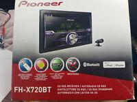 BOXED pioneer Fh-x720bt Bluetooth car stereo usb