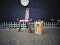 SOLID WOOD RUSTIC CHAIR VERY ORIGINAL CHAIR AND IN EXCELLENT CONDITION 48/36/71 cm £30
