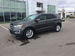 2015 Ford Edge Super clean SEL Edge with only 11699 km! Windsor Region Ontario image 2