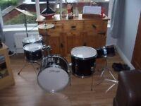 5 Peace JR Stagg Drum Kit