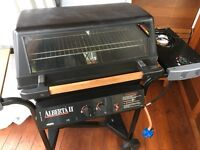 Gas Barbecue. Model Fiesta Express E34552. Complete with Gas Cylinder
