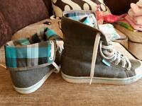 Ladies size 8 Adidas high top trainers