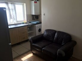 Very Nice one Bed Flat with open plan kitchen, very Close to Newbury Park Station!!!